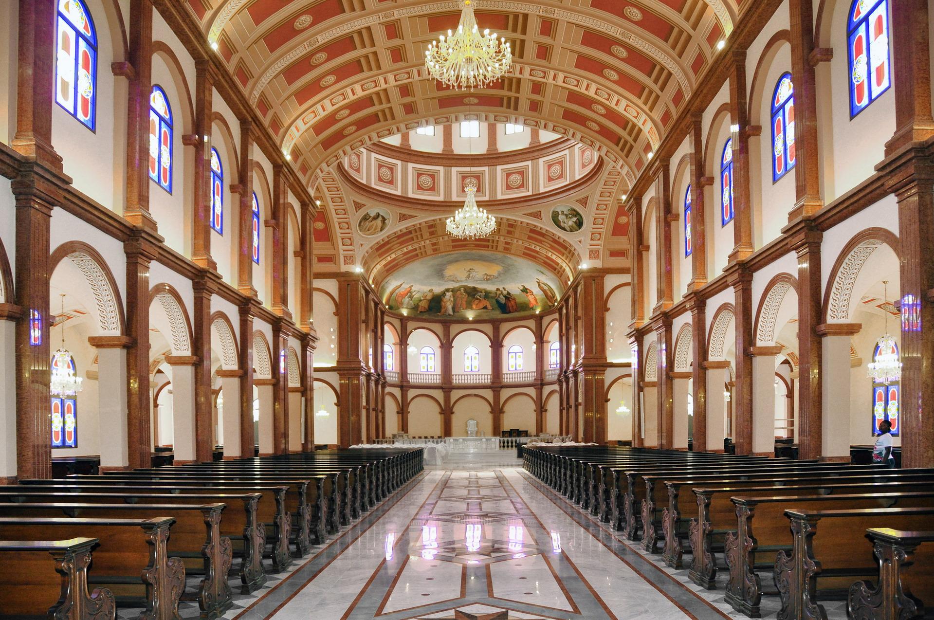 Cattedrale Mongomo 006